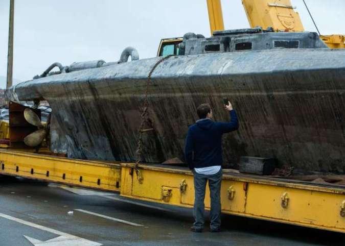 Le sous-marin ayant servi à transporter la cocaïne à Aldan, au nord de l'Espagne, mercredi 27 novembre.