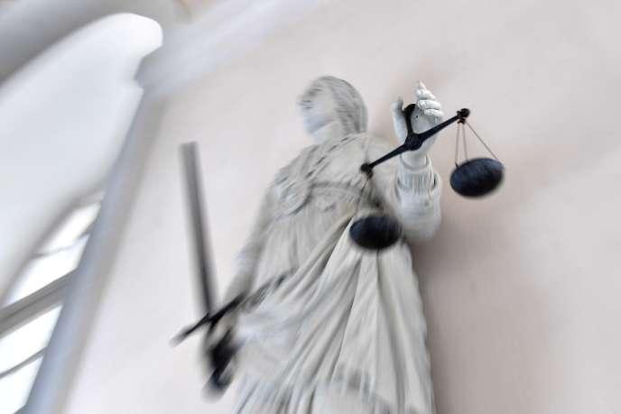 Бывший тренер по теннису, обвиняемый в изнасиловании четырех своих учеников, 24 января был приговорен к 18 годам тюремного заключения судом присяжных.