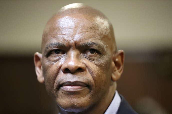 Ace Magashule, secrétaire général du Congrès national africain (African National Congress, ANC), à Bloemfontein, en Afrique du Sud, le 13 novembre 2020.