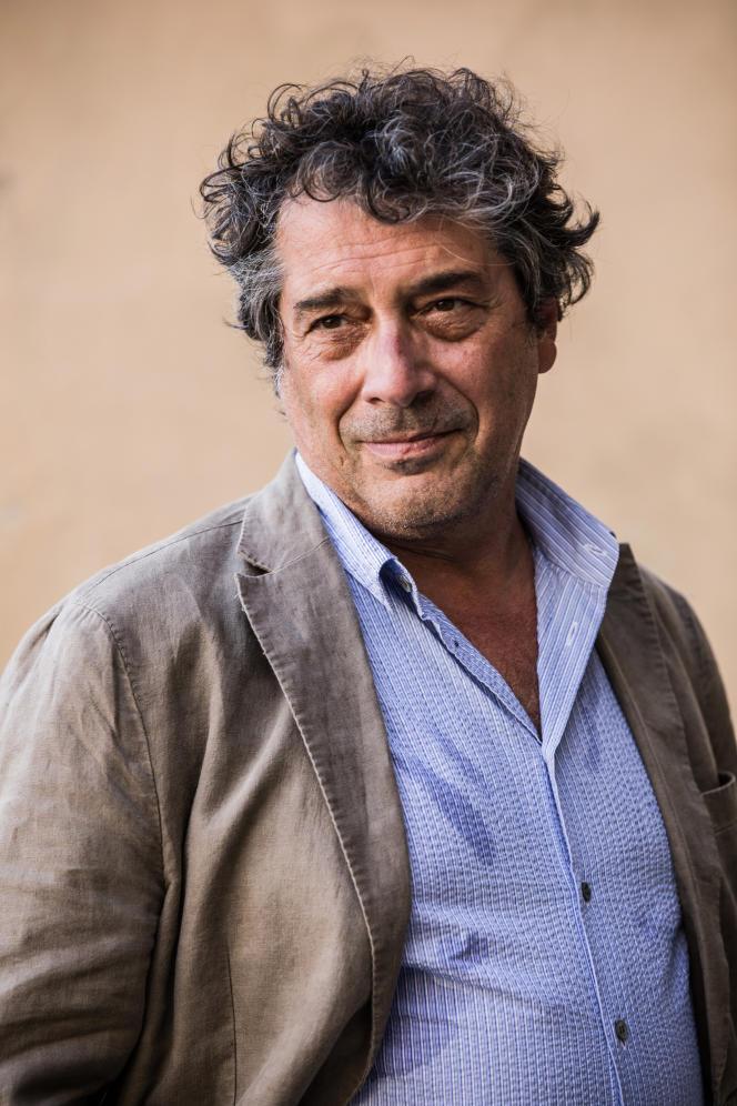 Italian writer Sandro Veronesi, in Mantua, in 2020.