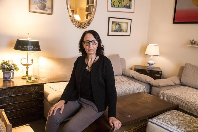 Fatima Besnaci-Lancou, historienne, chez elle à Paris, en janvier 2021.