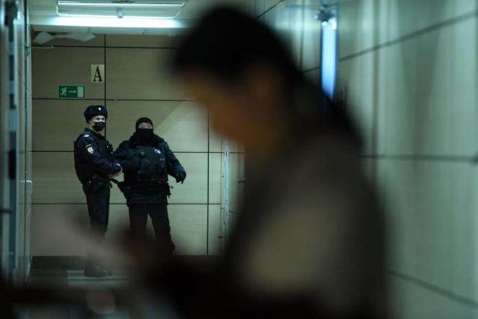 Lors de la perquisition des bureaux de l'opposant Alexeï Navalny, à Moscou, le 27 janvier 2021.