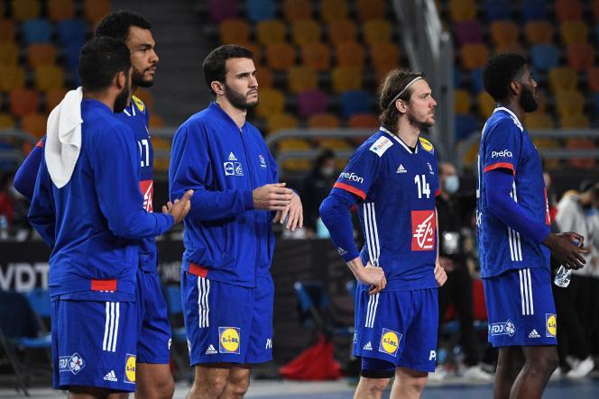 Les Français hagards après leur défaite contre la Roja, dimanche 31 janvier, dans la«petite finale» du Mondial égyptien.