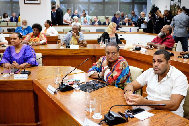 Henriette Tidjine-Hmae and Pascal Sawa (UC-FLNKS) attend the elections for the formation of the government, in Nouméa, on February 17.