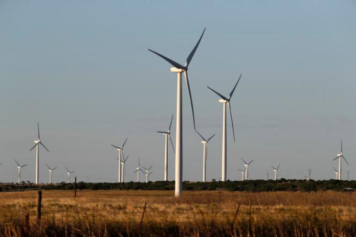 Des éoliennes près de Sweetwater, au Texas,le mercredi 29 juillet 2020.
