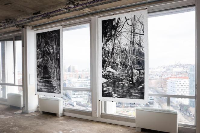 Deux œuvres de Lucile Piketty dans le cadre de l'exposition «Lisières», en mars 2021, à la résidence d'artistes Poush Manifesto à Clichy (Hauts-de-Seine).