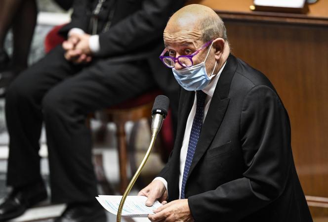 Jean-Yves Le Drian, à l'Assemblée nationale, le 6 avril.