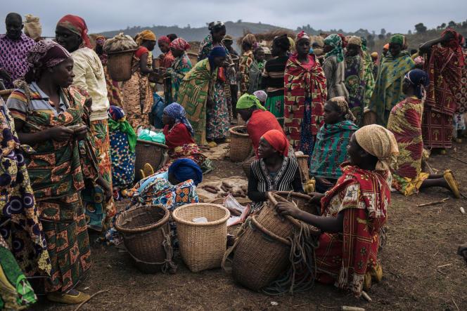 Le marché du camp de déplacés de Bijombo, au Sud-Kivu, en octobre 2009.