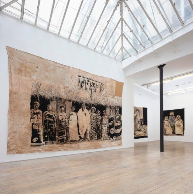 Vue de l'expositionBéhanzinde Roméo Mivekannin, galerie Eric Dupont,2021,Courtesy galerie Eric Dupont, Paris.