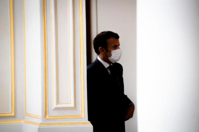 Emmanuel Macron, lors d'une conférence de presse après une réunion du G5 Sahel, à l'Elysée, le 9 juillet 2021.