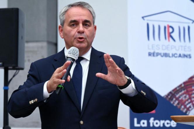 Le président de la région Hauts-de-France et candidat à l'élection présidentielle Xavier, Bertrand lors des journées parlementaires du parti Les Républicains (LR), à Nîmes, le 10 septembre 2021.
