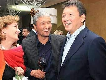 Тимур Кулибаев (крайний справа). Фото с сайта np.kz