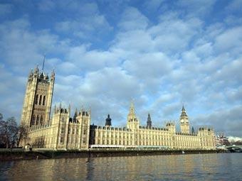 Здание парламента Великобритании. Фото ©AFP