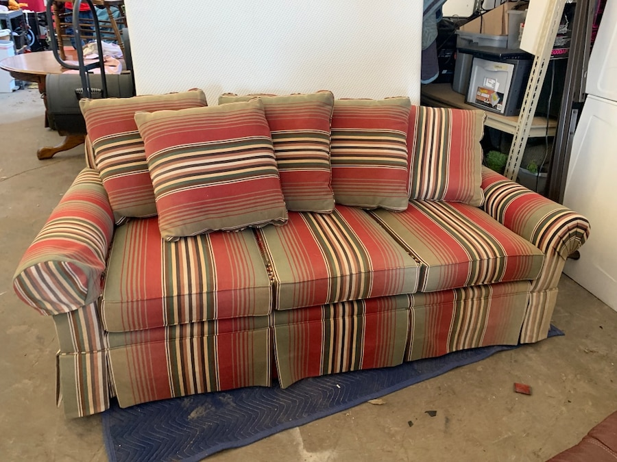There's some contrast, however, with the dark color of the woods coming from the cabinets and piano set. Used Red and white striped fabric sofa for sale in Reno ...