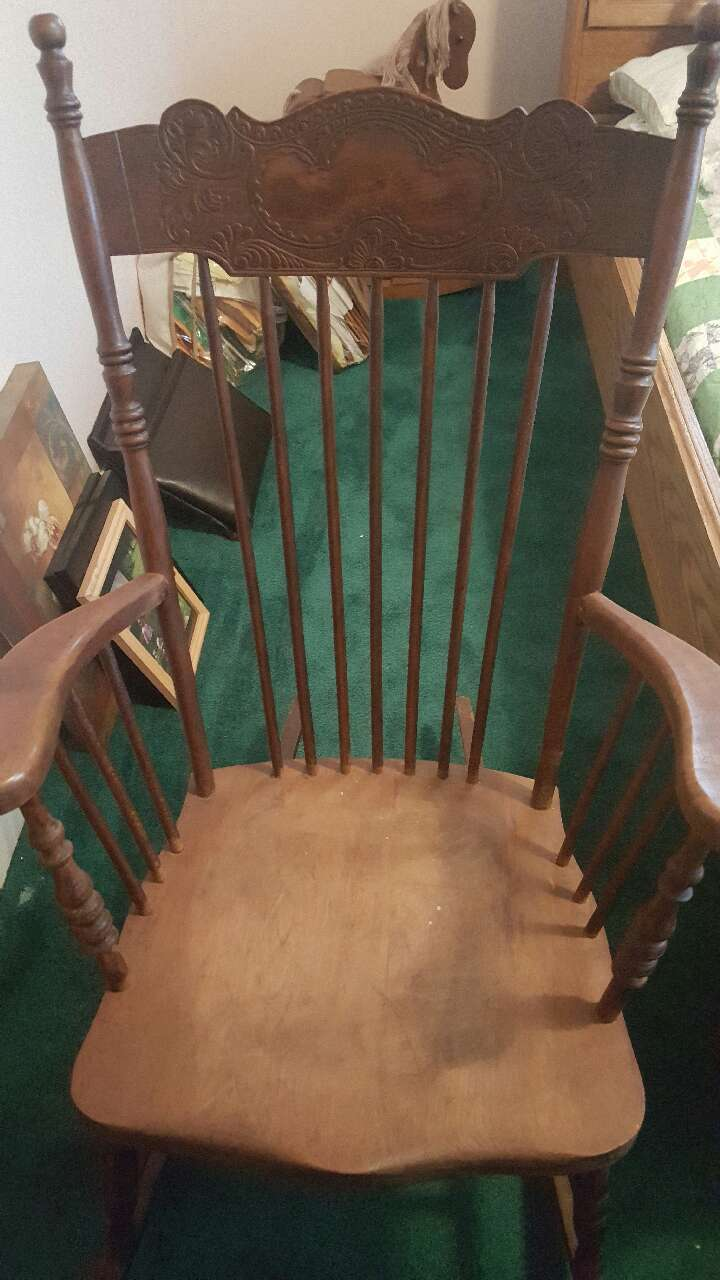 black rocking chairs cracker barrel foldable table and used vintage teeter tot rocker for sale in louisville - letgo