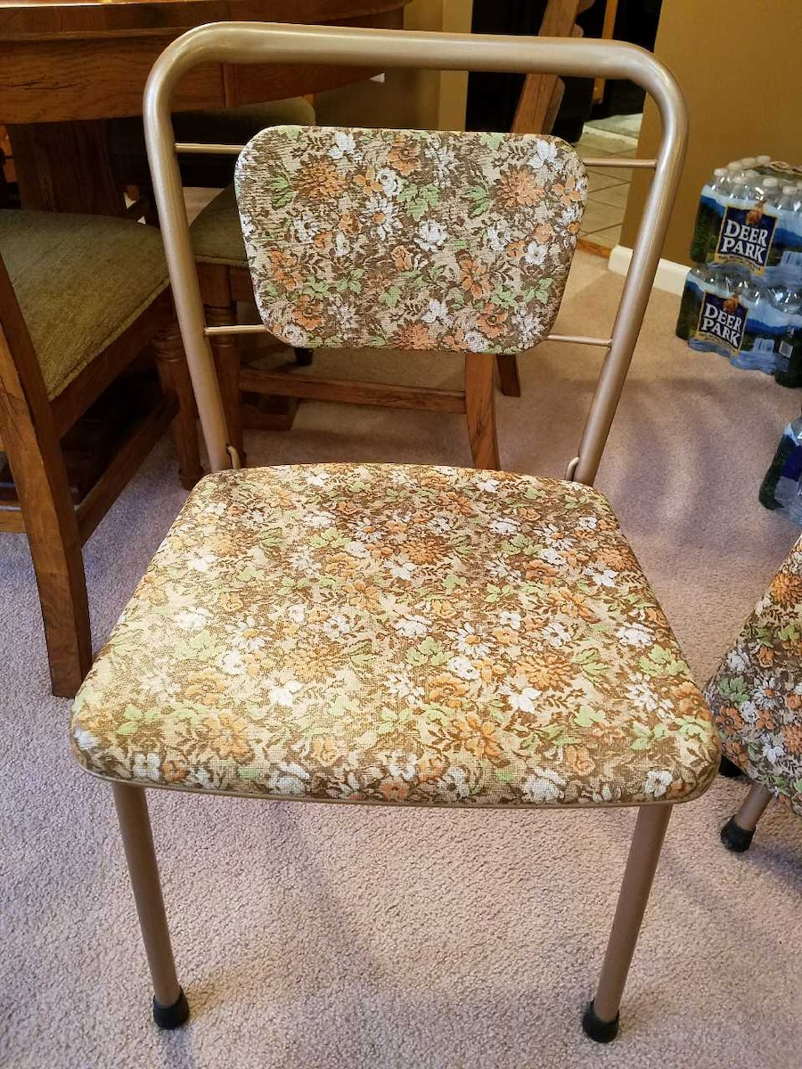 Used 1955 Costco folding card table in Stafford
