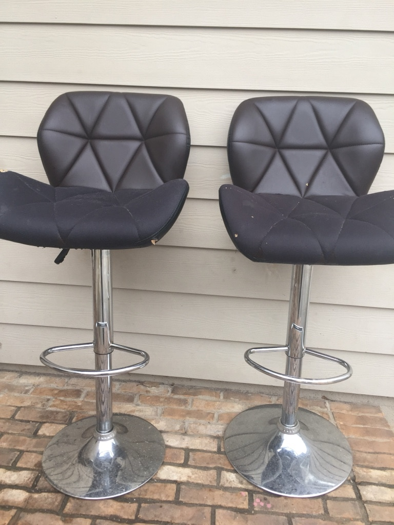 quilted swivel chair skate staples used two black leather padded chairs for sale in