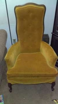 letgo - Really old chair in East Ashtabula, OH