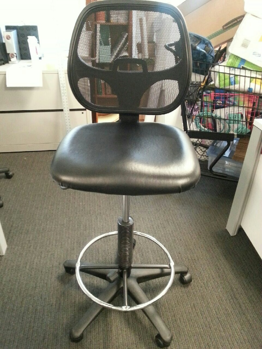 ergonomic chair used navy wingback sit stand for sale in auburn letgo