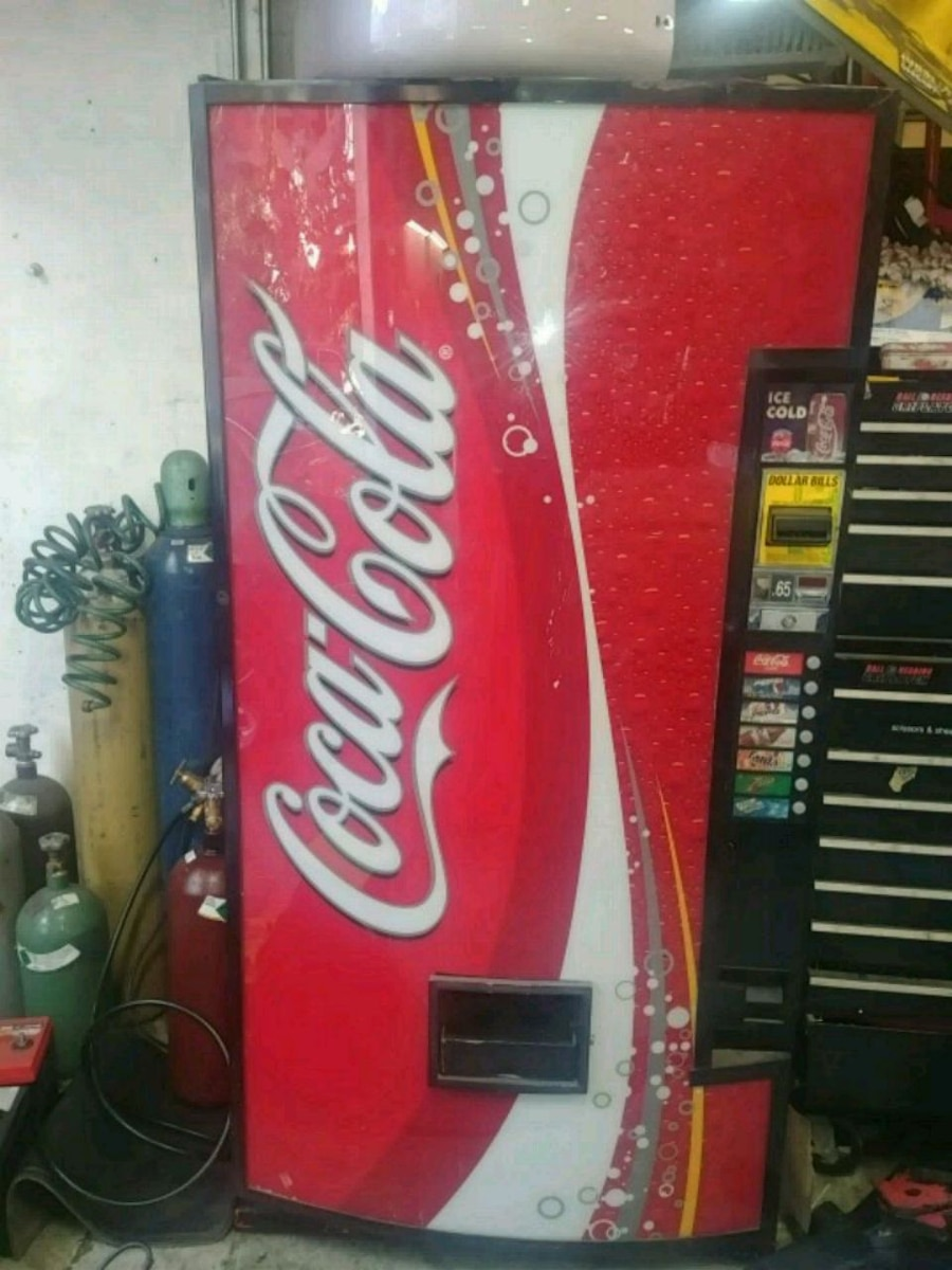 coca cola soda machine