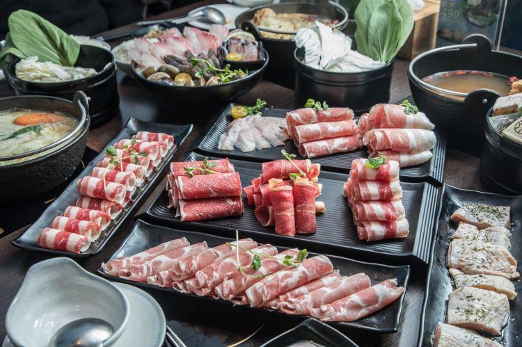 [新北樹林]三峽火鍋推薦,平價鍋物好選擇,肉鬼控的天堂!滾吧 Qunba 鍋物 (北大店)