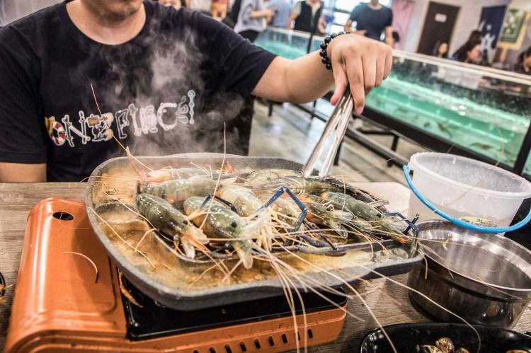 [新北林口]流水蝦正夯,吃泰國蝦吃到厭世!10米水道流水泰國蝦無限吃到飽!泰蝦PA水道泰國蝦吃到飽