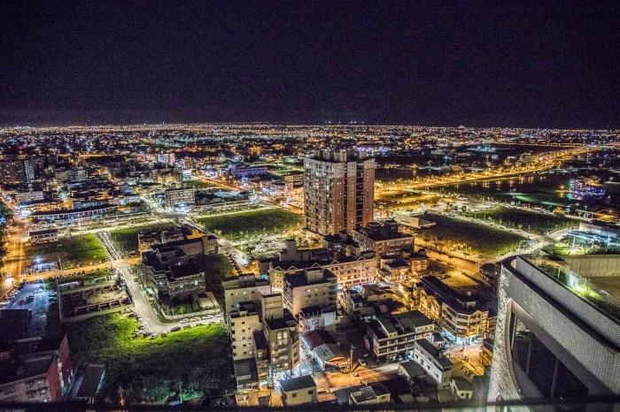[宜蘭礁溪]村却國際溫泉酒店/美炸了!宜蘭最美夜景就在這,比起世界三大夜景完全不輸呀!