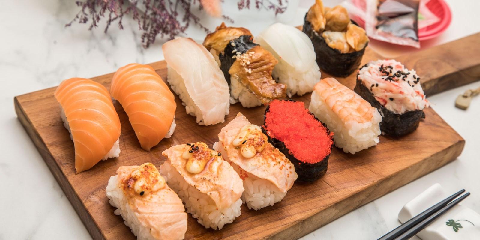 [桃園美食]黑武藏十元壽司(南崁店)/十元壽司界的王者!十元壽司用這種料我真的跪了,炙燒鮭魚壽司一顆只要15元!