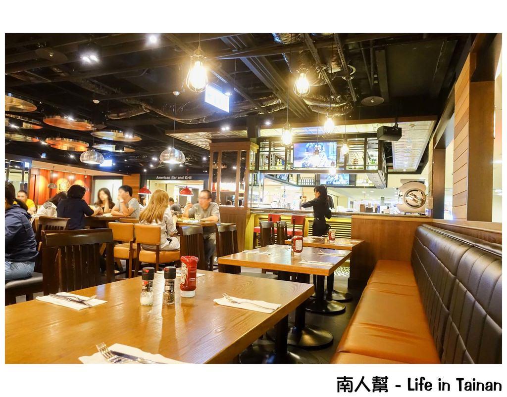 【臺南中西區-美食】臺南新天地 美式餐廳 星期五美式餐廳 ~ TGI FRIDAYS - 南人幫