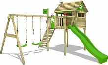 cabane en bois pour enfant sur pilotis