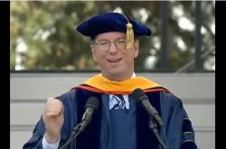 Google会長が卒業スピーチで語った、「人とつながること」の本当の意味