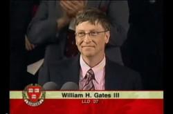 「エリートが人助けをしないで、いったい誰がやるの?」ビル・ゲイツ氏が次世代の天才たちに贈った言葉