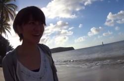 ビーチで水着を着させたい番組スタッフvs女優のタマゴ! 果たしてその結末は?【アポなし旅】