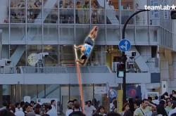 棒高跳びをホログラムで街中に再現! チームラボ・猪子氏が語る、理想の「東京五輪2020」とは