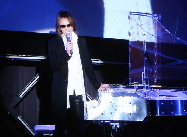 ハローキティ×YOSHIKIで「ヨシキティ」 X JAPAN・YOSHIKI、独自のブランディング術を語る