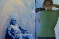 人間を絵画の中に閉じ込める–ボディペイントアートが描く影に隠れた世界