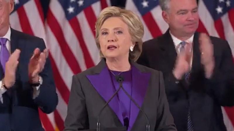 【全文】ヒラリー氏、敗北演説で若い女性に未来を託す「いつかきっとガラスの天井を打ち破れる」