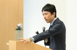 その言葉に「体温」はありますか? 小泉進次郎氏が大学生たちに語った、最も伝わるメッセージの本質