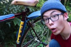 雨でも自転車通勤するツワモノ必見 工具不要、一瞬で取り付けられる「泥よけ」はまさにイノベーションだ