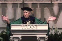 大女優ヘレン・ミレンが次世代に伝えた「古代マヤ人の知恵」左手のタトゥーの意味を明かす