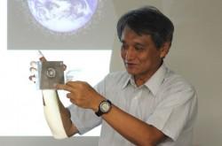宇宙に漂う無数のゴミ「スペースデブリ」が人工衛星に当たるとどうなる?