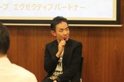 日本の副業の意識は「小遣い稼ぎ」程度? 多職の時代に備え、持つべき両立の覚悟