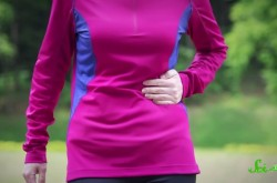 なぜ運動中に脇腹が痛くなるのか? エクササイズにまつわる謎を解説
