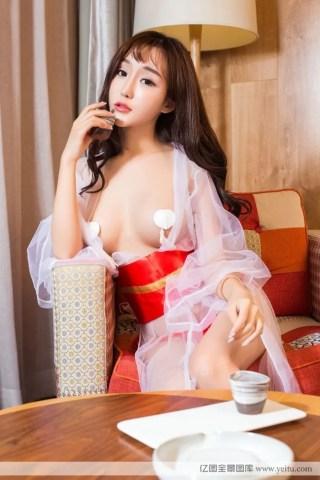 极品美女米粒护士装制服诱惑私房照大胆写真 | Page 2/4