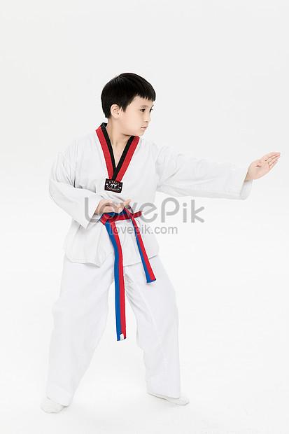 Gambar Karate Do : gambar, karate, Children, Playing, Photo, Image_picture, Download, 501081233_lovepik.com