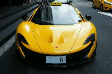 是在開玩笑嗎? 臺灣驚見 McLaren P1 計程車! - 自由電子報汽車頻道