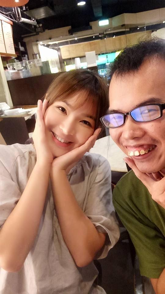 公開了嗎? 鄧佳華和陳沂臉書設穩定交往 - 自由娛樂