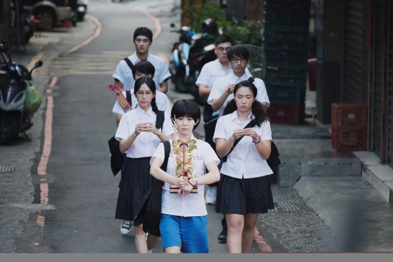 [情報] 《通靈少女2》10/06 21:00 公視 HBO Asia - 看板 TaiwanDrama - 批踢踢實業坊