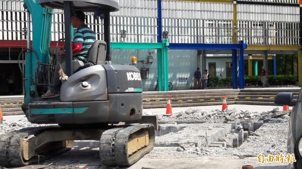 竹市文化綠廊工程 停車不再誤上噴水池平臺 - 生活 - 自由時報電子報