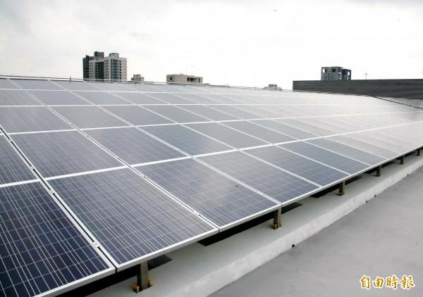 補助家戶設太陽能板 中市府明年編570萬元預算 - 相關訊息 - 優普萊特太陽能